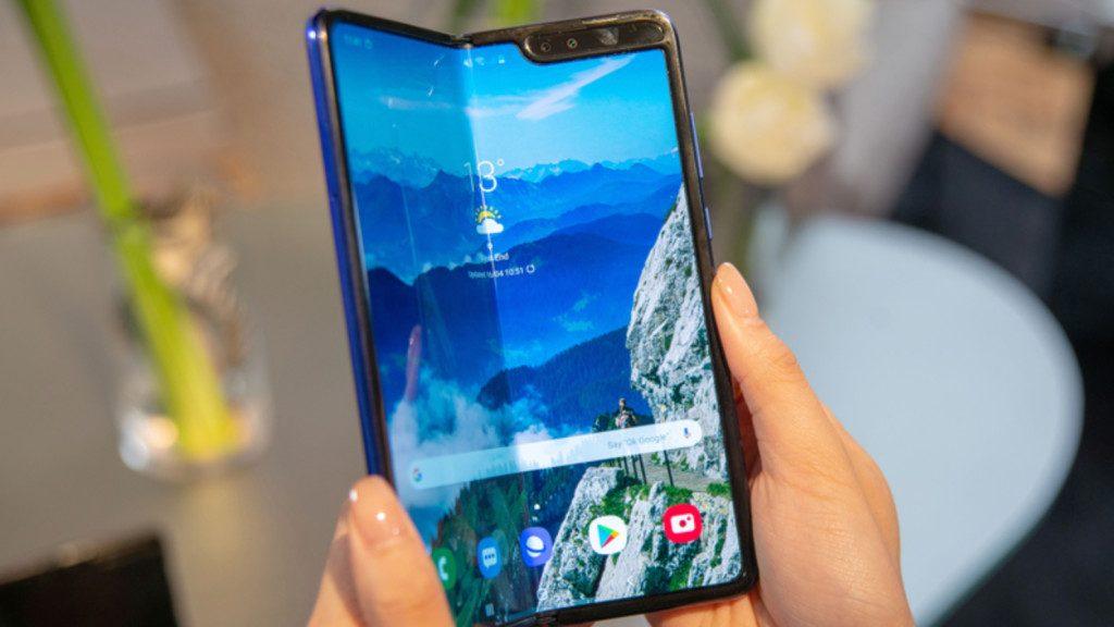 """Samsung ruft alle """"Fold-Geräte"""" zurück"""