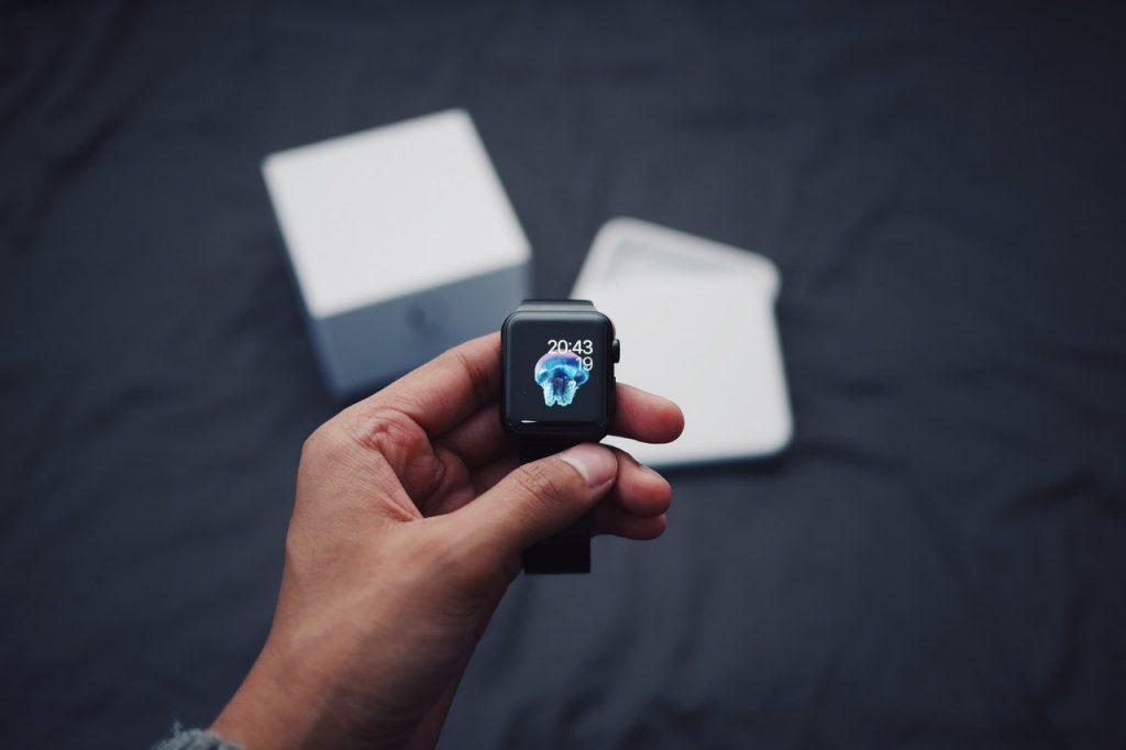 Tick Tack – Happy Birthday Apple Watch