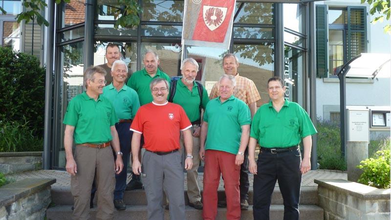 Der Feldschützenverein 'Chrütermändli' läuft auch dieses Jahr zu Fuss zum eidgenössischen Schützenfest.