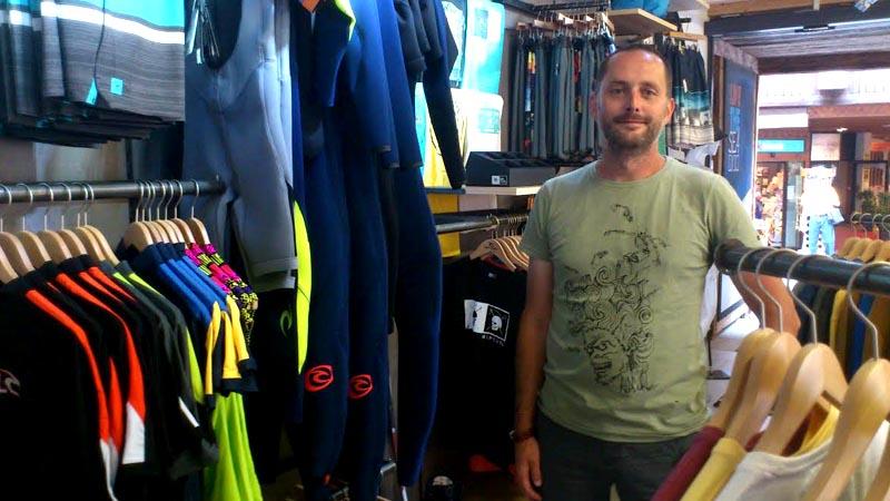 Beni Perren ist der Geschäftsführer des Sportgeschäfts Rip Curl in Zermatt.