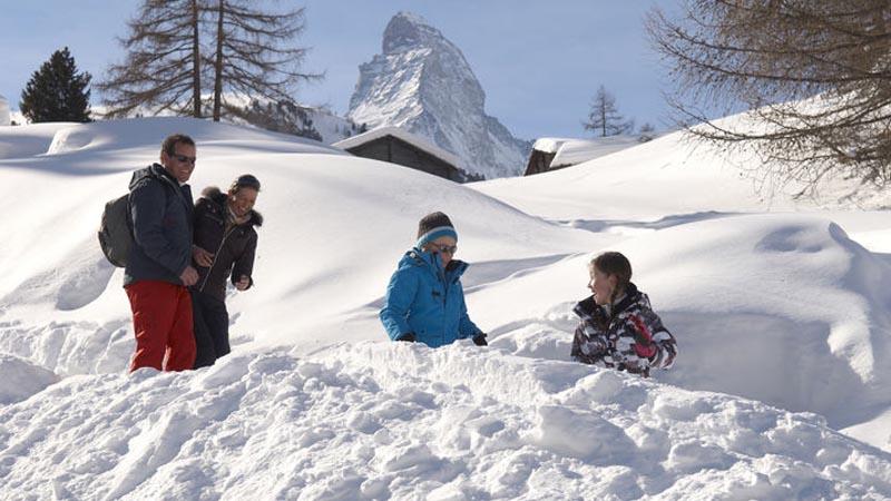 Der Themenweg 'Das Überleben der Tiere im Winter' ist ein toller Ausflug für die ganze Familie.