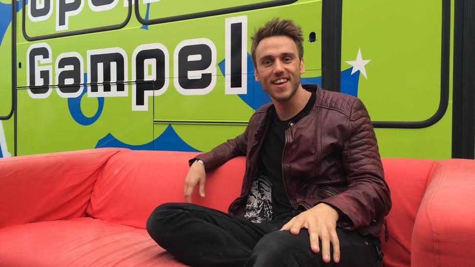 Clueso hat mit seinem Auftritt das Open Air Gampel 2015 würdig abgeschlossen.